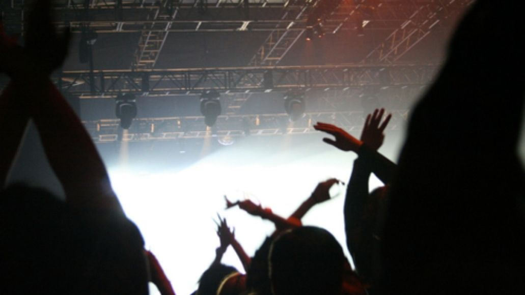 cosxjapannyc1 X Japan throws massive party in NYs Roseland Ballroom (10/10)