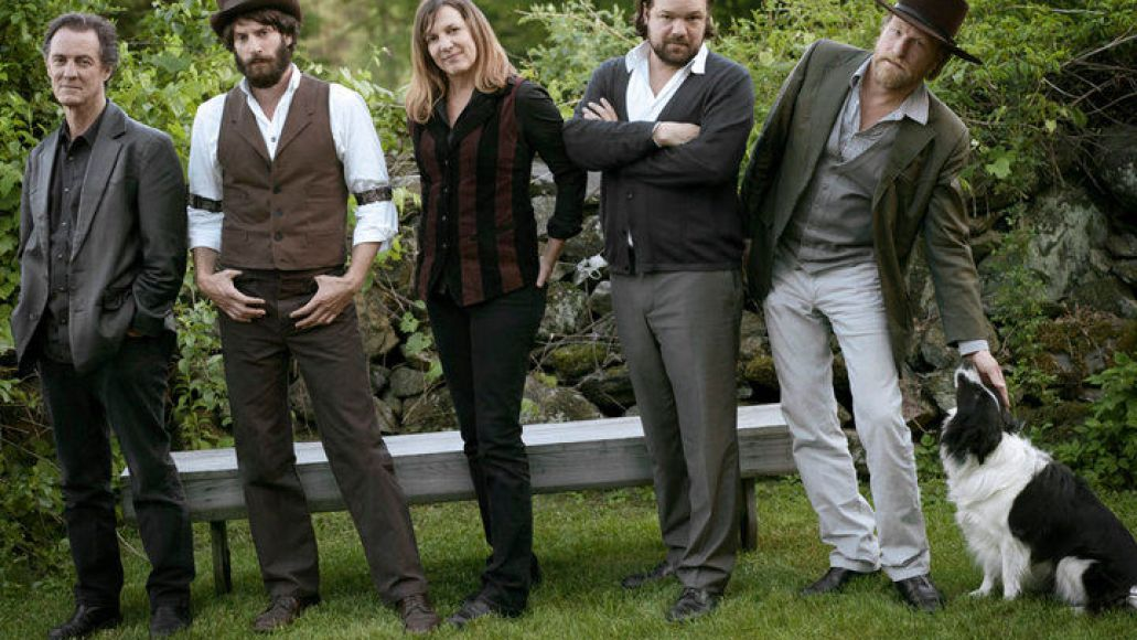 ray lamontagne Ray LaMontagne & The Pariah Dogs announce summer tour