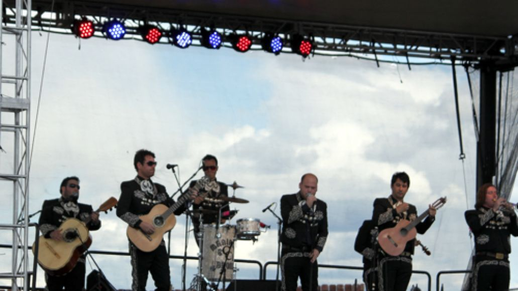 mariachi 3 Festival Review: CoS at Sasquatch! 2011