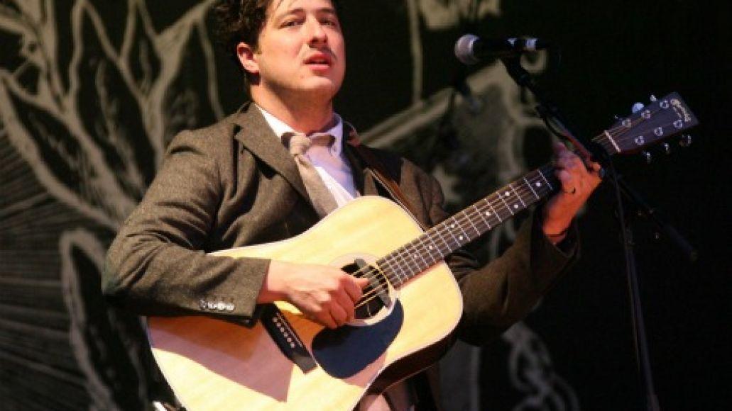 g532a mumford Festival Review: CoS at Glastonbury 2011