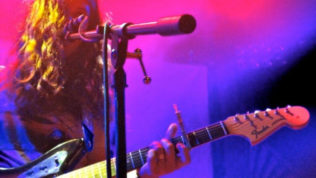 vile1 Live Review: Kurt Vile, Thurston Moore at Hollywoods Troubadour (7/28)