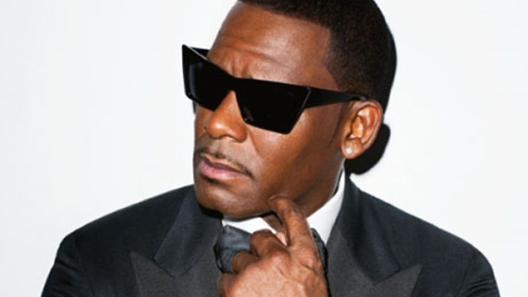 r kelly 01262011 Check Out: R. Kelly   Share My Love