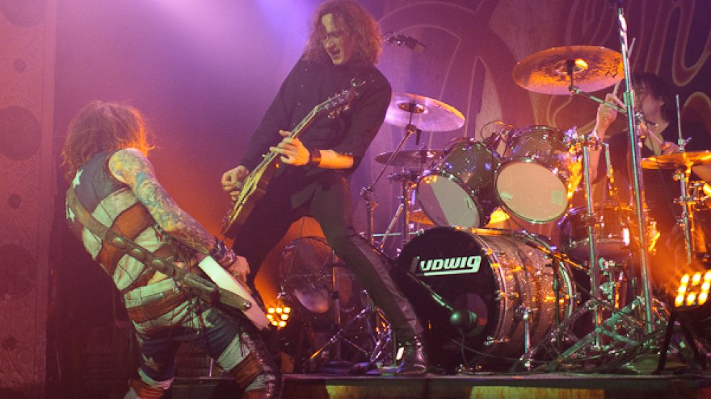 the darkness 13 Live Review: The Darkness, Foxy Shazam at Chicagos Metro (2/11)