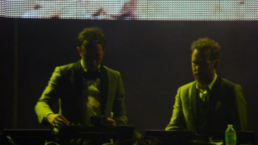 2manydjs1 saturday live stage Festival Review: CoS at Ultra Music 2012