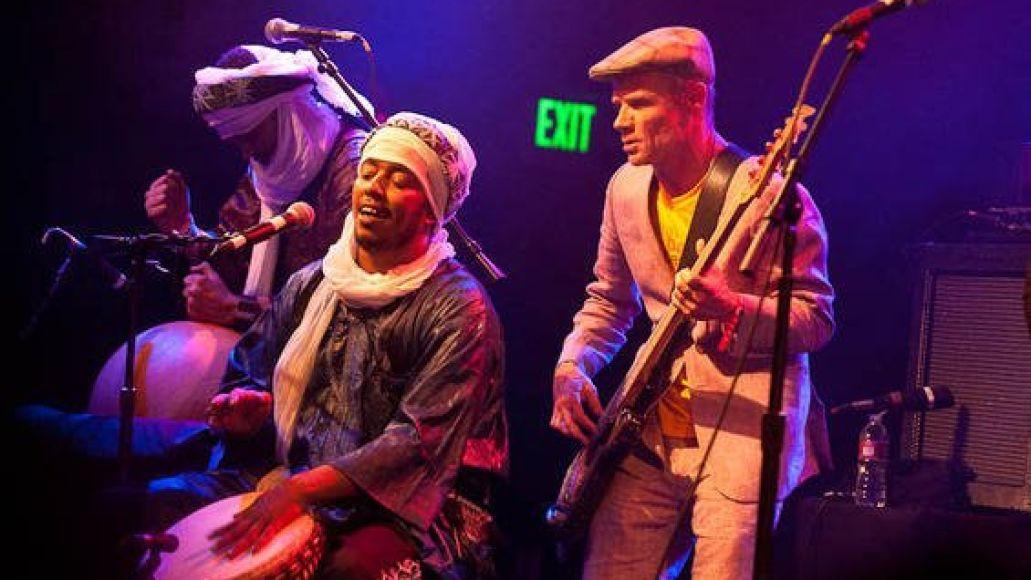 321596 10150313014796345 307591171344 8241956 2131956106 n Video: Tinariwen performs Cler Achel with Flea and Josh Klinghoffer