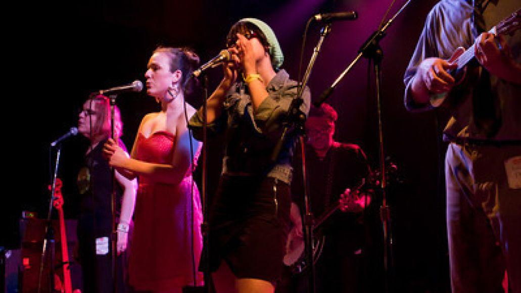 elvisbride 11 Live Review: ElvisBride at Chicagos Double Door (5/15)