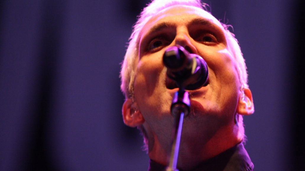 everclear2 Live Review: Everclear, Sugar Ray, and the Summerland Tour at Holmdel, NJ (7/21)