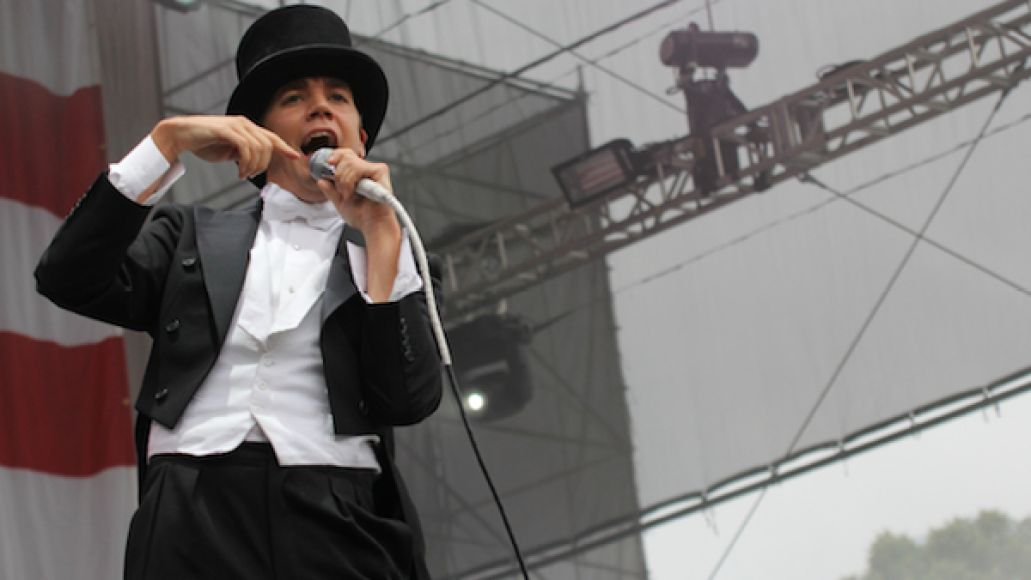the hives made in america mzones 1 Festival Review: CoS at Made in America 2012