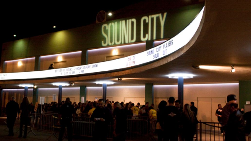 sound city players cp 1 31 2013pp Live Review: Dave Grohls Sound City Players at LAs Palladium (1/31)
