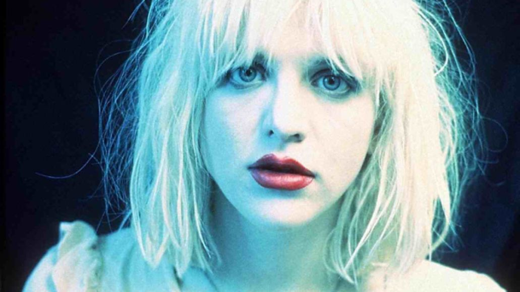 courtneylove Courtney Love looks for a new bassist on Craigslist