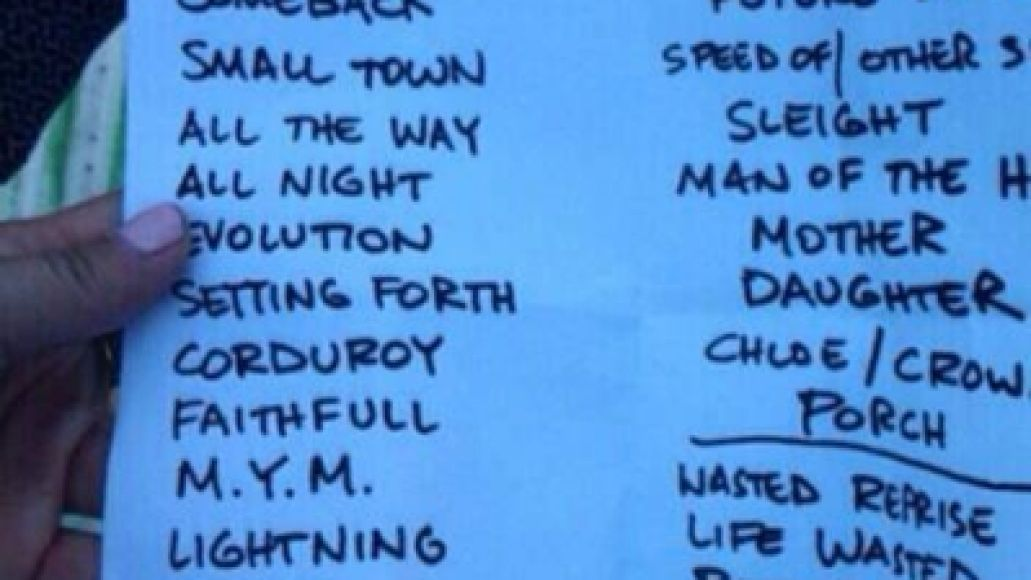 setlist Live Review: Pearl Jam at Chicagos Wrigley Field (7/19)
