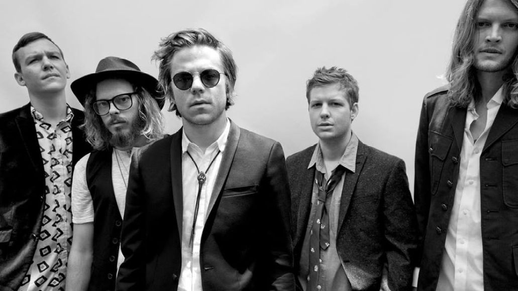 cagetheelephant promo1 Cage The Elephant to release Bowie, EDM inspired new album, Melophobia