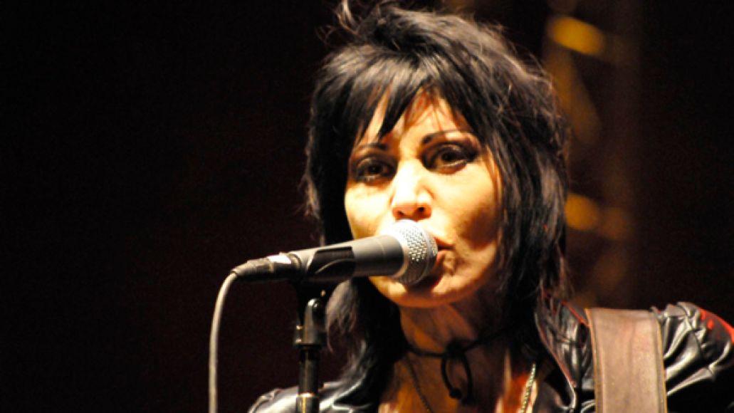 JoanJett-Montelongo-Riot2013-4