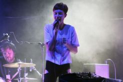 polica12 Live Review: The xx, Poliça at New York Citys Radio City Music Hall (9/23)