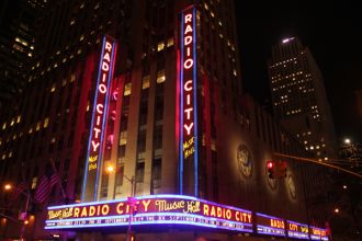 radiocity Live Review: The xx, Poliça at New York Citys Radio City Music Hall (9/23)