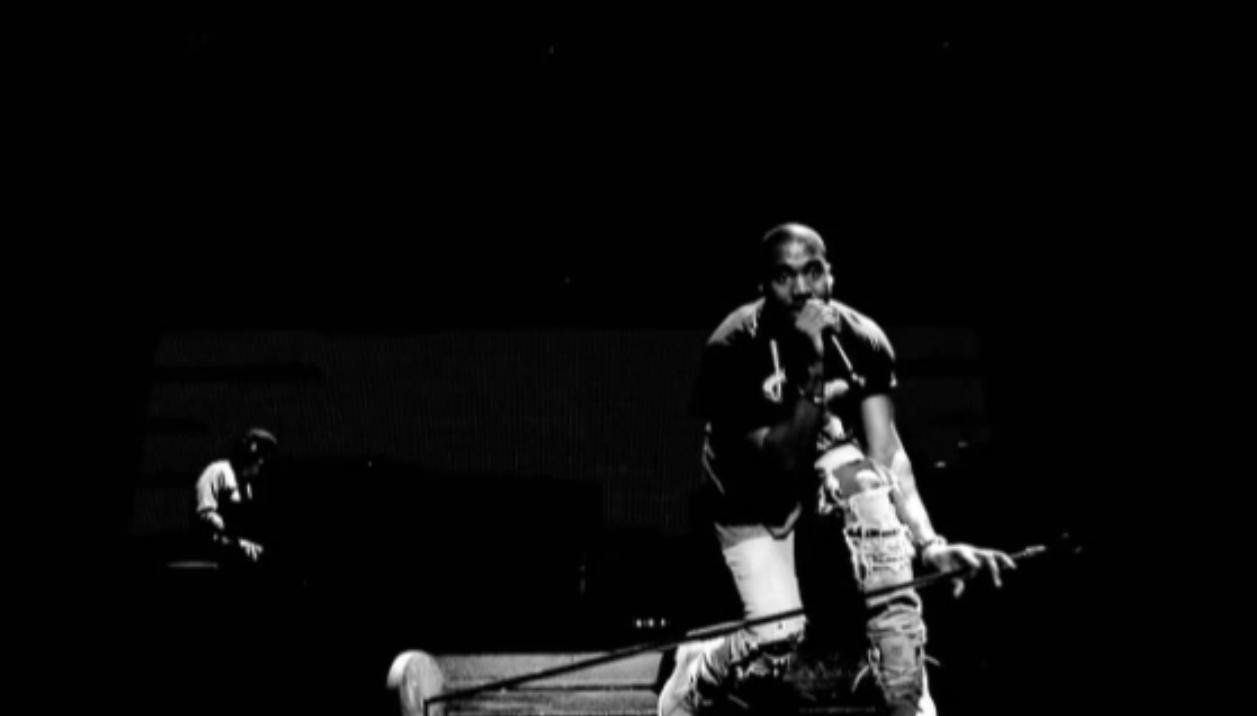 Kanye West Shirtless ‹ TrueExclusives