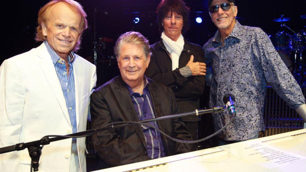 beck wilson feature Watch Brian Wilson, Jeff Beck, Al Jardine, and David Marks perform on Fallon