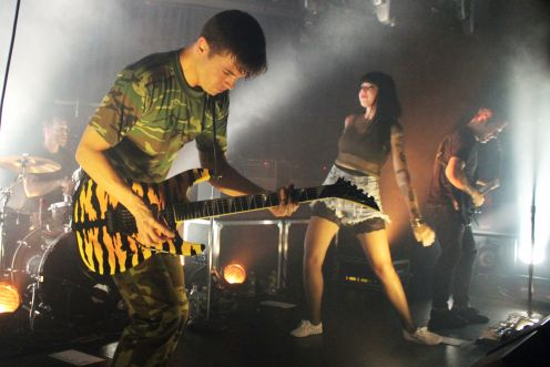 sleighbells21 Live Review: Sleigh Bells at NYCs (Le) Poisson Rouge (10/5)