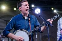 Bluegrass SuperJam // Photo by Ben Kaye
