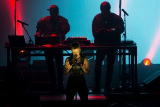 Robyn and Röyksopp // Photo by Philip Cosores