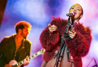 Ms. Lauryn Hill // Photo by David Brendan Hall