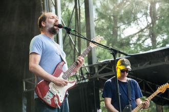 Built to Spill // Photo by Carlo Cavaluzzi