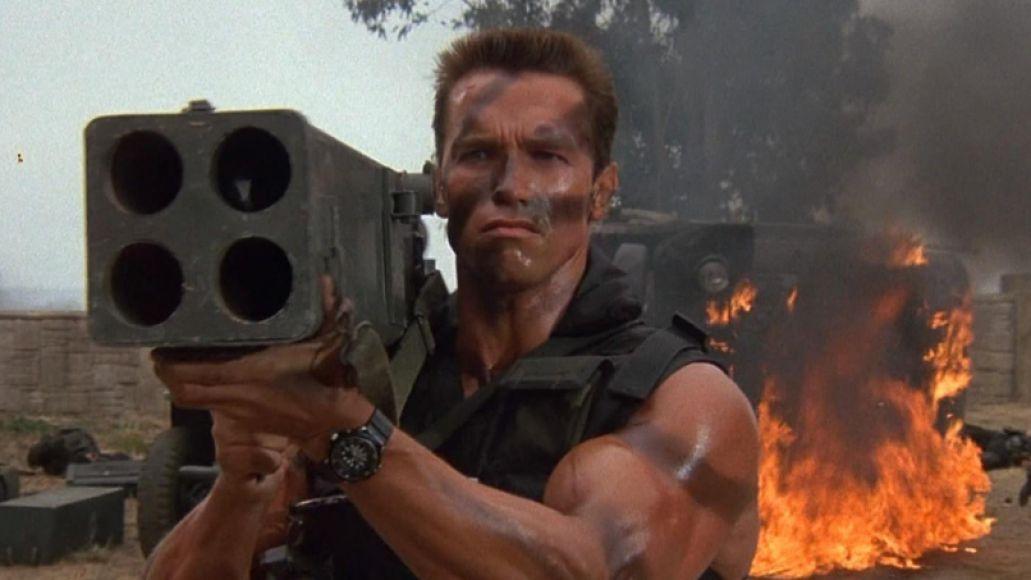 arnold schwarzenegger commando e1435534830801 Arnold Schwarzeneggers Top 10 Performances