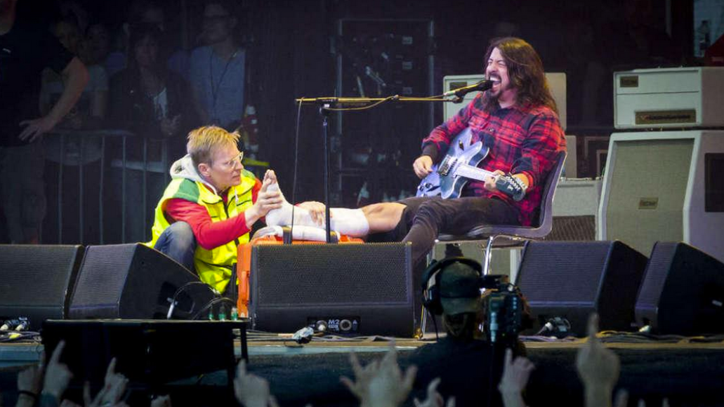 Dave Grohl leg