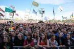 Crowd for Alt J, ∆ // Photo by Maja Smiejowska