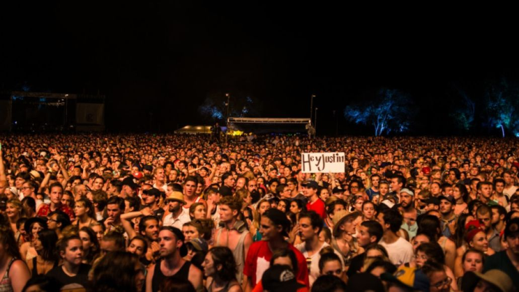 boniver eauxclaires 6 by graham tolbert e1437407573418 Size Doesn't Matter: Why Festivalgoers Should Think Smaller