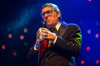 Neil Hamburger // Photo by Philip Cosores