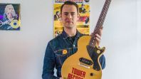colinhankswithlespaul100guitarcourtesygibsonbrandsinc Tower Records Is Back... as an Online Music Store