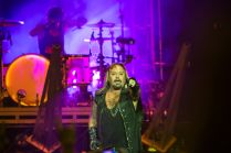 Mötley Crüe // Photo by Philip Cosores