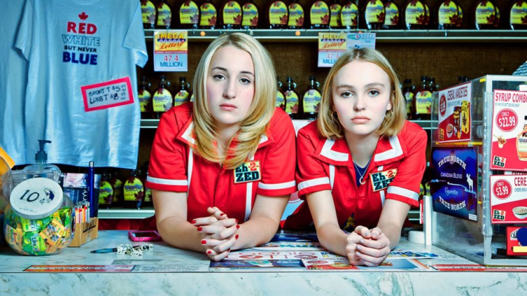 yoga hosers Kevin Smith confirms Mallrats 2 will be a 10 episode TV series
