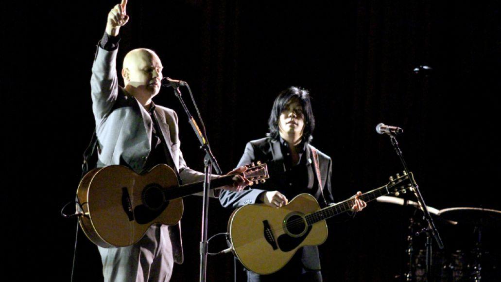 cos kaplan opera smashing pumpkins 11 Live Review: The Smashing Pumpkins reunite with James Iha in Chicago (4/14)