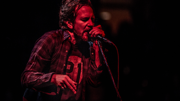 Pearl Jam, photo by Chris Hill