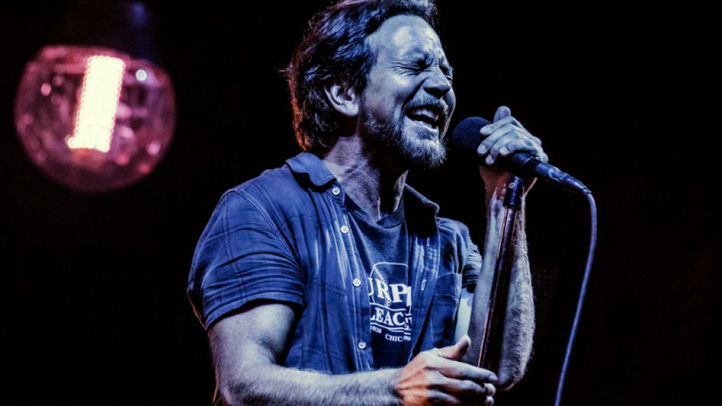 29053885001 375c3485bb b Pearl Jam Returns to Wrigley Field: The 10 Best Moments