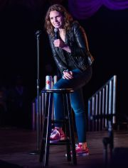 Beth Stelling // Photo by David Brendan Hall