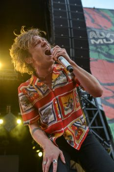 Cage the Elephant // Photo by Amy Price
