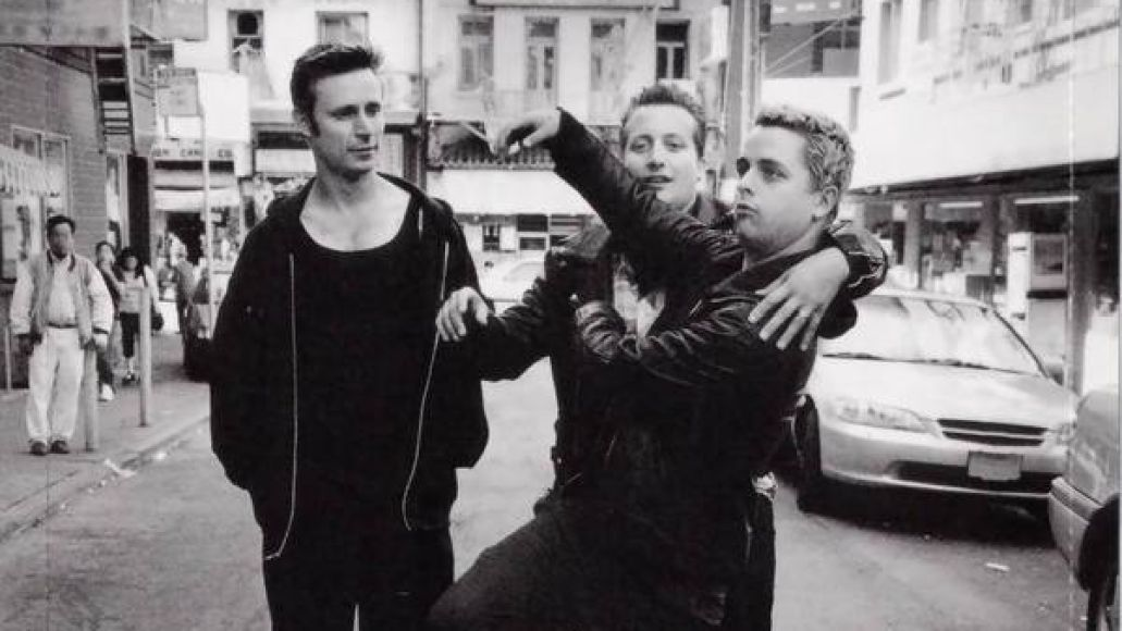 green day warning1284003345 Ranking: Every Green Day Album from Worst to Best