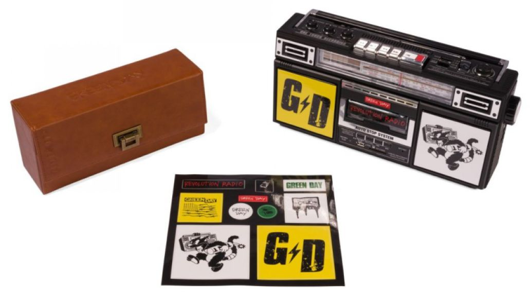gd boombox bundle primary e1479742028990 Consequence of Sounds 2016 Holiday Gift Guide