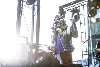 Ariel Pink // Photo by Philip Cosores
