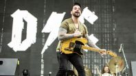 dashboard confessional 02 Inspired By Dashboard Confessional Playlist Coming to Consequence of Sound Radio on TuneIn