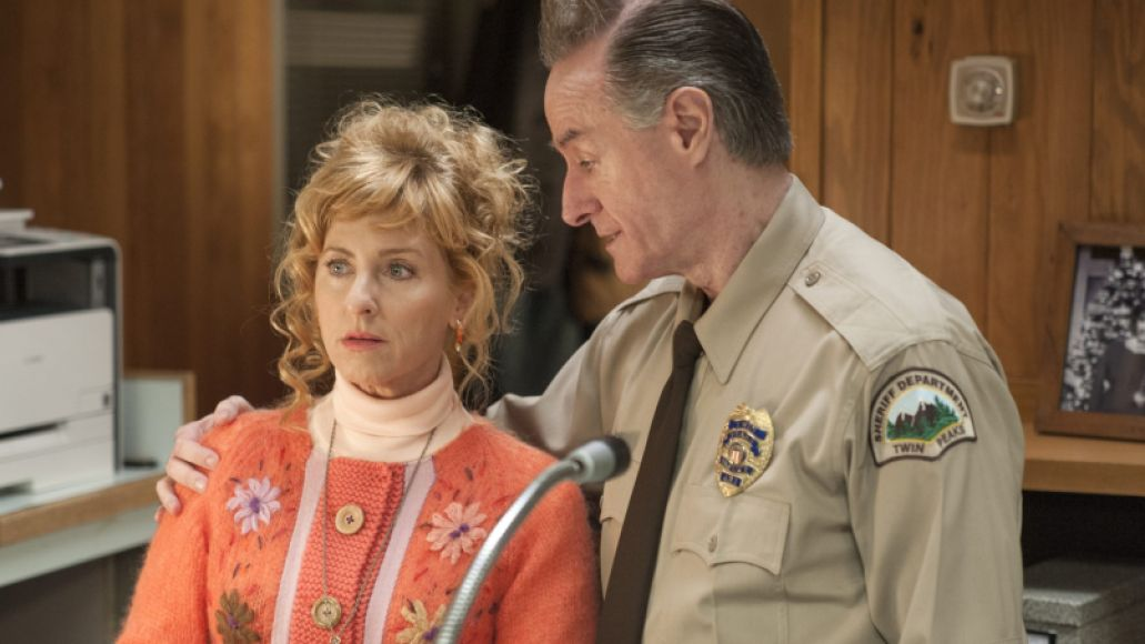 rr 03149 r1 e1495437016757 Recapping Twin Peaks: The Return: Parts 1 and 2