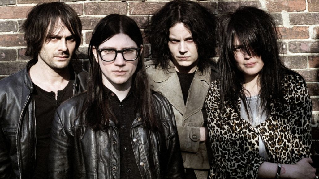 the dead weather the dead weather 16581090 1280 800 The 10 Greatest Supergroups of All Time