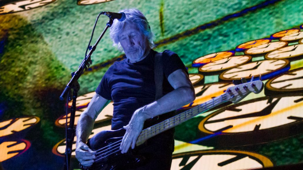 rogerwatersbachrodt13 Roger Waters Dazzles Us + Them in Chicago: The 10 Best Moments