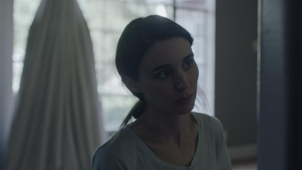 rooney ghost A Ghost Storys David Lowery on Finding Peace in Purgatory