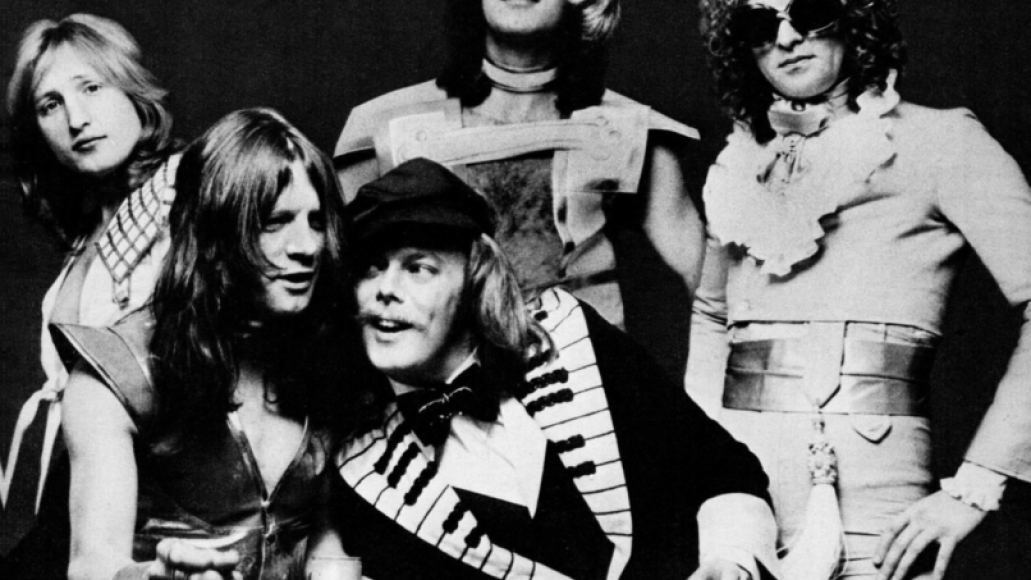 1200px mott the hoople 1974 10 Bands Who Changed Their Name and Found Fame