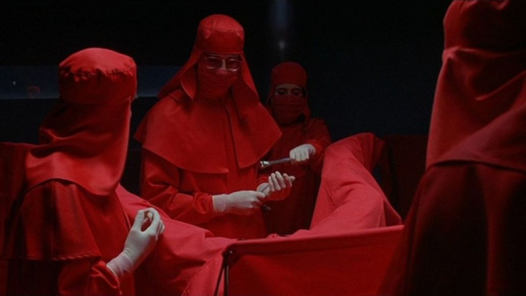 dead ringers The 100 Scariest Movies of All Time