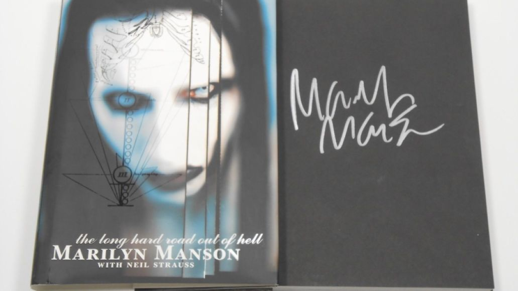 marilyn manson signed long hard road out of hell book autographed 1st edition 6c908f205ff27c7a8e818c24433a9c6b A Brief History of Marilyn Manson Being Strange